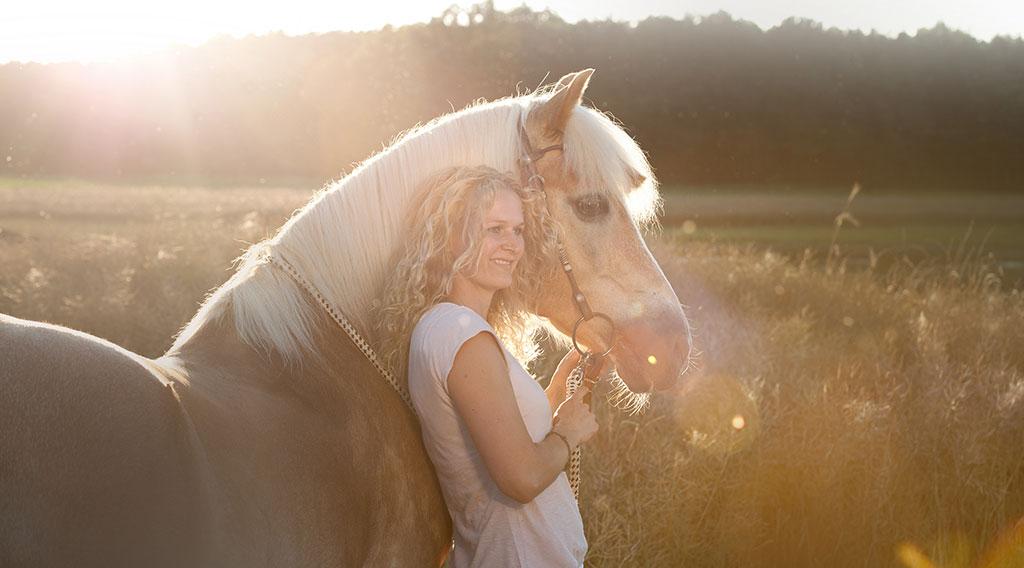 Claudia-oppel-horsemanship-trainer-beritt