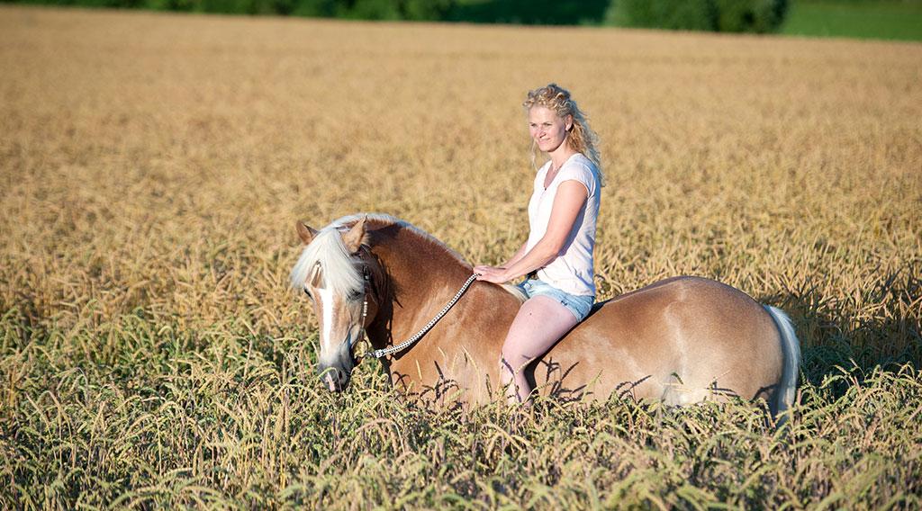 Claudia-oppel-horsemanship-trainer-reitunterricht